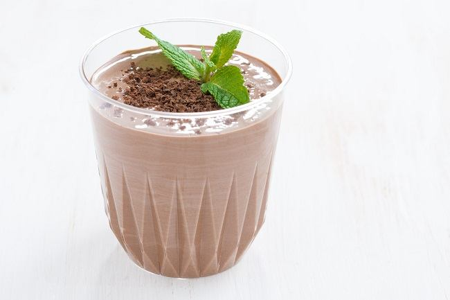 minty raw cacao smoothie
