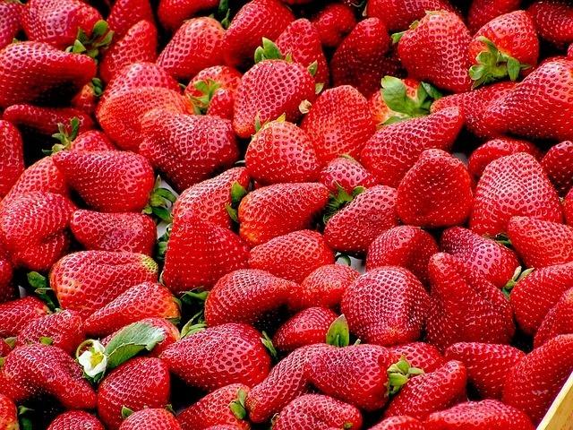 Best Detox Fruits - Strawberries