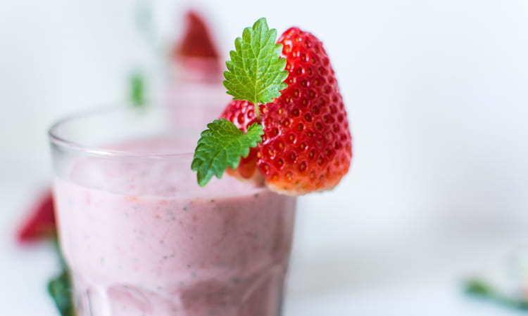 Simply Strawberry Smoothie